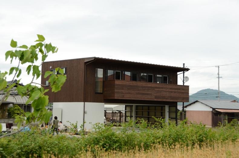 板張の家-0